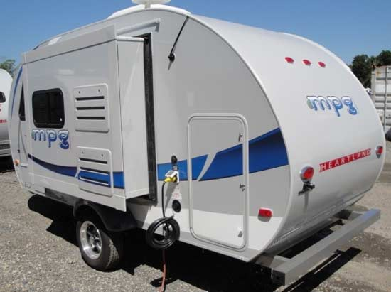 lightweight polaroid campers light trailers travel small scamp
